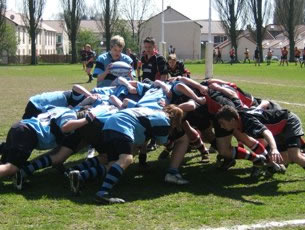 St Neots Rugby Belgium Scrum