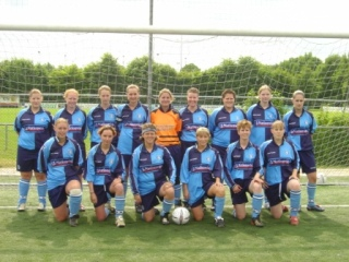 Wycombe Wanderers Ladies Team photo