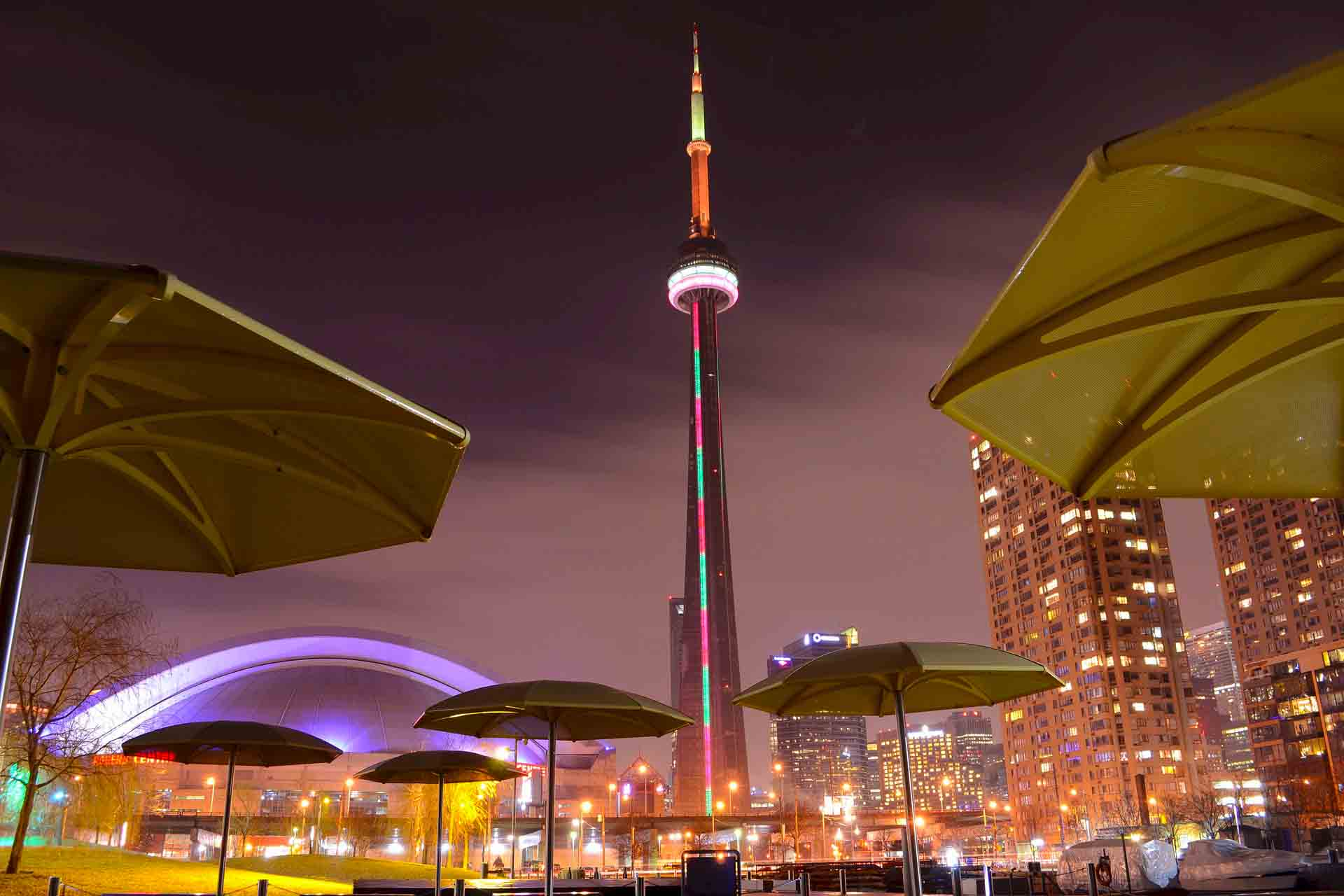 Sports Tours To Canada The CN Tower